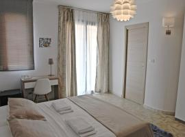 CasaLeo, hotel in Campofelice di Roccella