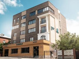 Capital Hotel, hotel in Novorossiysk