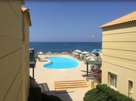 Lissos Beach, hotel with pools in Plataniás