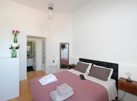 Porto Duke's House, pet-friendly hotel in Porto