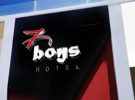 7Boys Hotel, hotel in Amman
