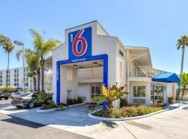 Motel 6-San Diego, CA - Hotel Circle - Mission Valley, hotel in Mission Valley, San Diego