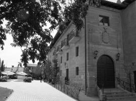 Hospedería Palacio de Casafuerte, hotel near San Millán de Suso and San Millán de Yuso Monasteries, Zarratón