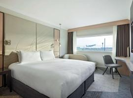 Hyatt Place London Heathrow Airport, hotel near Heathrow Terminal 2, Hillingdon