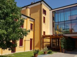 UNAWAY Ecohotel Villa Costanza Venezia, hotel in zona Stazione di Venezia Mestre, Mestre