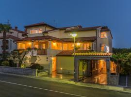 Guesthouse Casa Nova, hotel in Poreč