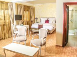 Particular Destiny Suites, hotel in Douala