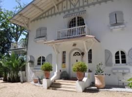 Chambres d'Hôtes Nere Chocoa, hôtel à Biarritz près de: Gare de Biarritz La Négresse