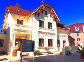 Pfannkuchenhaus Fehmarn, hotel in Burg auf Fehmarn