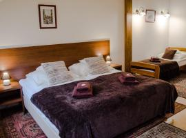 Royal Route 29 Comfort Rooms, homestay in Kraków