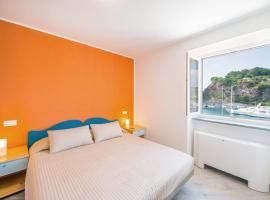 Hotel Ristorante Crescenzo, hotel in Procida