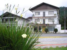 Hotel Schroeder, hotel in Pomerode
