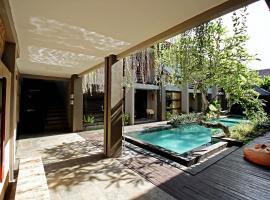 Casa Bidadari Suite & Apartment Seminyak, apartment in Seminyak