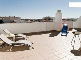 Rincon Penthouse Beach Pool Terrace 2Bed, apartment in Torre de Benagalbón