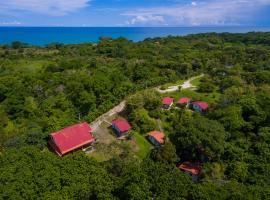 Istmo Beach and Jungle Bungalows, villa in San Carlos