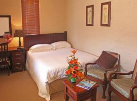 Fernleigh Gardens Self-catering, hotel near Moses Mabhida Stadium, Durban