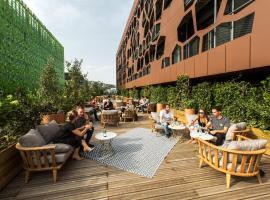 MOB HOTEL Lyon Confluence, ξενοδοχείο στη Λυών