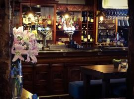 Rose & Crown Inn, hotel near Knutsford Services M6, Knutsford