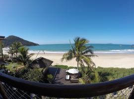 Pousada Pedra da Gaivota, hotel near Estaleiro Beach, Bombinhas