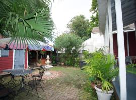 The Burgundy Bed and Breakfast, B&B in New Orleans