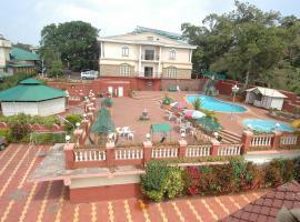 Rajesh Resort, hotel with pools in Mahabaleshwar