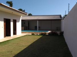 Beach House, hotel with pools in Flecheiras