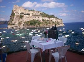 Hotel Villa Antonio, hotel in zona Porto di Ischia, Ischia