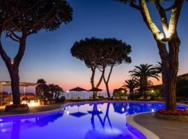 Baglioni Hotel Cala del Porto - The Leading Hotels of the World, hotel in Punta Ala