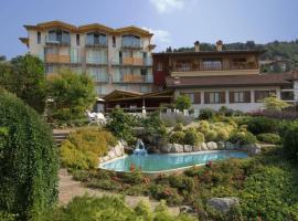 Hotel Miralago, hotel in Bossico