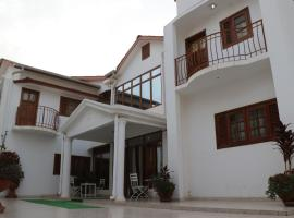Babas Residence, self-catering accommodation in Kololi