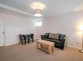 Cannock Hotel Apartments, hotel in Cannock