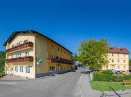 Hotel Freiensteinerhof Superior, hotel in Sankt Peter-Freienstein