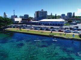 Lakes and Ocean Hotel, hotel in Forster