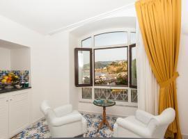 Surriento Suites, bed & breakfast a Sorrento