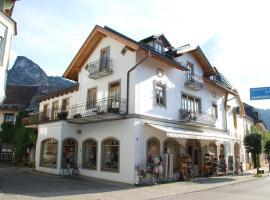 Kronburger, Ferienwohnung in Oberammergau