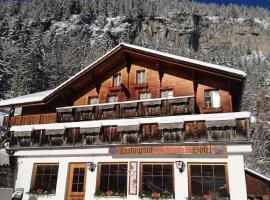 Hotel-Restaurant Waldrand, hotel near Mürrenbahn, Lauterbrunnen