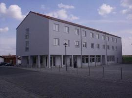 Hotel am Platz, Hotel in der Nähe von: Rotkäppchen Sektkellerei, Hohenmölsen