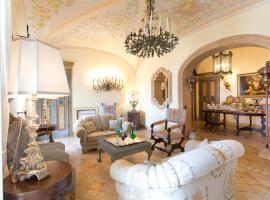 Casa Raiola by CapriRooms, apartment in Capri