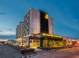Jinhold Hotel & Serviced Apartment, hotel in Miri