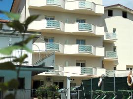 Hotel Roma Residenza, hotel in Cervia