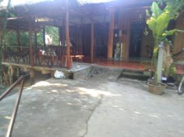 Homestay Ngoc Sang, family hotel in Vĩnh Long