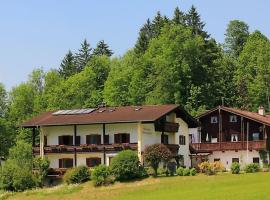 Gästehaus Moderegglehen, Pension in Schönau am Königssee