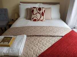 Kathleen House Plus, self catering accommodation in Enfield