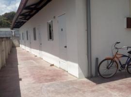 Hofste appartementen, hotel in Paramaribo