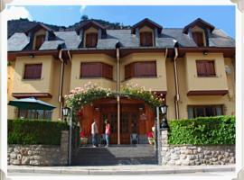 Hotel Arruebo, hotel cerca de Peña Telera, Panticosa