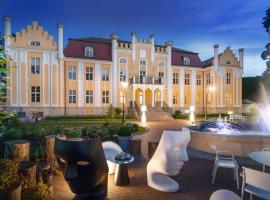 Relais & Châteaux Hotel Quadrille – hotel w mieście Gdynia