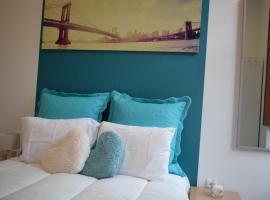Oporto Apartments Group Heroismo, hotel in Porto