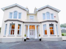Knockeven House, hotel near Cathedral of St. Colman, Cobh