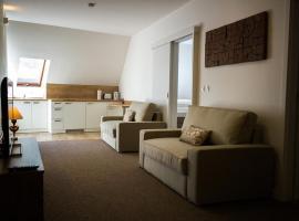 A7 Apartments, hotel in Komárno