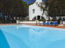 Hotel Mare Pineta, отель в Санта-Маргерита-ди-Пула